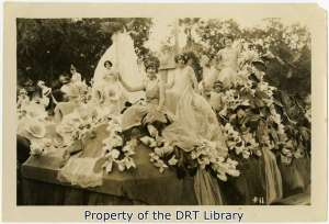 Mary Louise Price, Duchess of the Laurels, and Josephine Nix, attendant sprite, in the 1925 Battle of Flowers Parade.