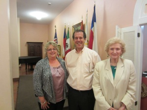 From left, Leslie Stapleton, DRT Library Director; John A. Sellars; and Madge Thornall Roberts, DRT Library Committee Chairman.