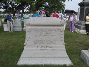 Forum participants near the headstone of John L. Bullis in the San Antonio National Cemetery.